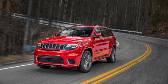 Mотор-шоу в Нью-Йорке 2017 - Jeep Grand Cherokee Trackhawk